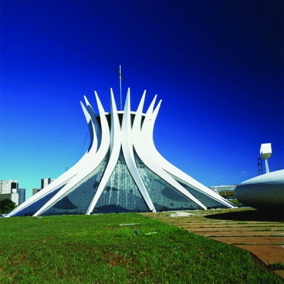 Oscar Niemeyer. Poetry of Form